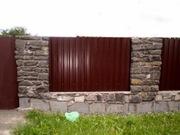 Строительство забора из металлопрофиля доступно и выгодно
