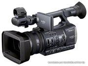 профессиональная видеокамера Sony HDR-AX2000E