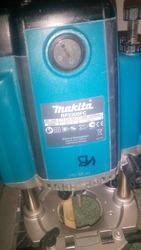 Сетевой фрезер Makita RP2300FC