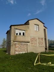 Продается недостроенный дом в Кричиве